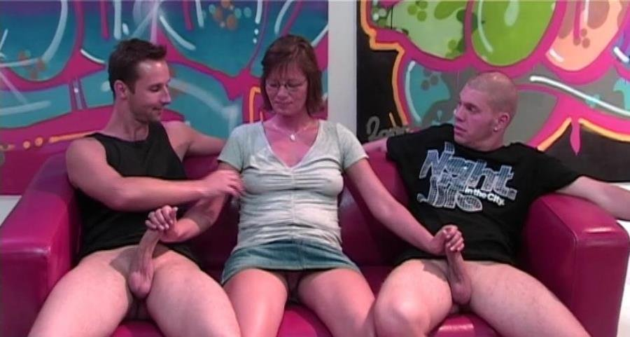 Mature.nl - Lilje - Lilje (EU) (38) [SiteRip / Mature / Threesome / 2012]