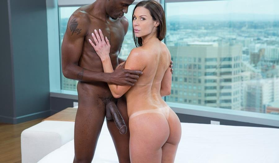 Blacked.com - Kendra Lust - Fitness Babe Loves Huge Black Cock [HD 720p / Interecial / Big Dick / 2015]