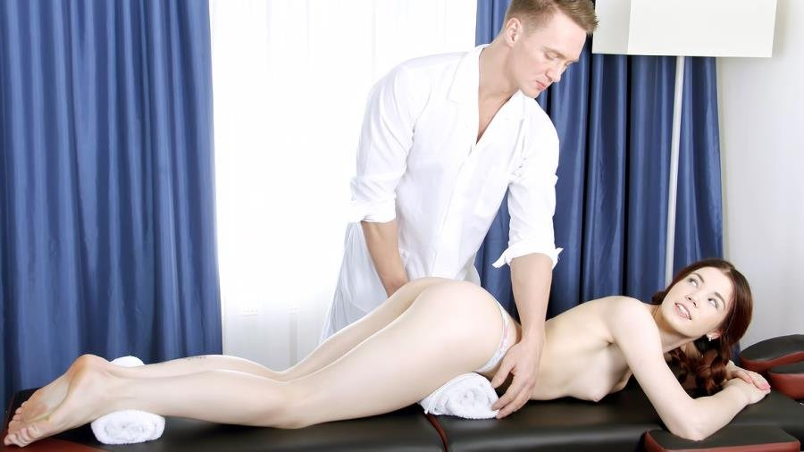 TeenMegaWorld.net - Loveini Lux aka Alice Taylor - Masseur Fucks Teen [HD 720p / Massage / Young / 2015]