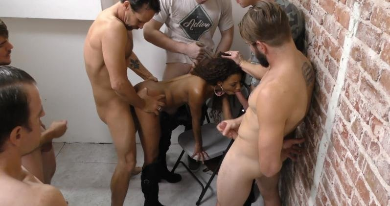 DogFartNetwork.com - September Reign - Group Sex [SiteRip / Bukkake / GangBang / 2015]