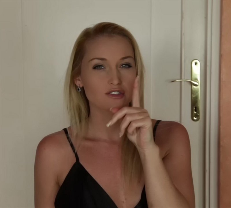 Clips4sale.com - Kathia Nobili - Mommy Apologizes [HD / All Sex / Big Tits / 2013]