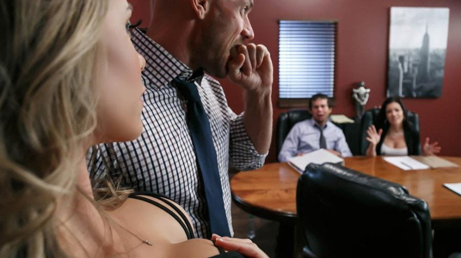 USA - Nicole Aniston - A Union Nutbuster [HD 720p / Milf / Big Tits / 2016]