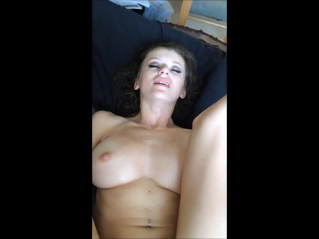 Cam4.com - VioletFoxy - Rigid favorite [HD / Home / Anal / 2015]