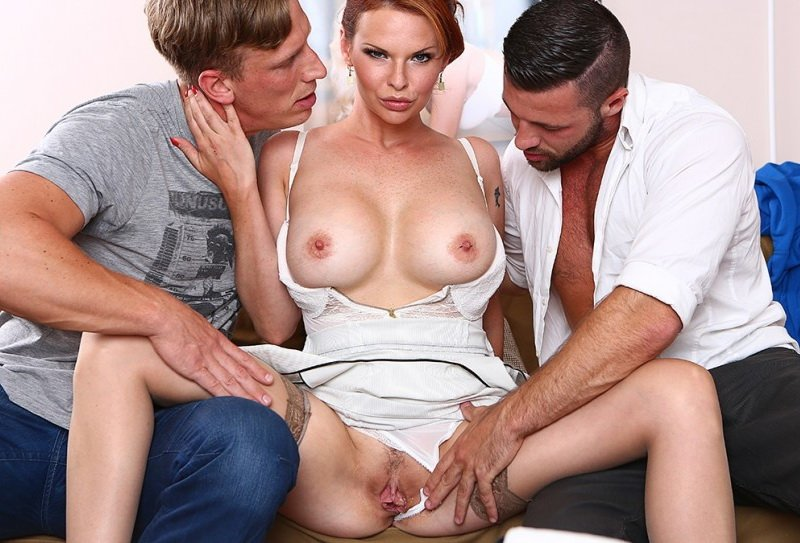 DorcelClub.com - Tarra White - Hard DP with 2 strangers for my wife Tarra White [HD / Blowhob / Anal / 2016]