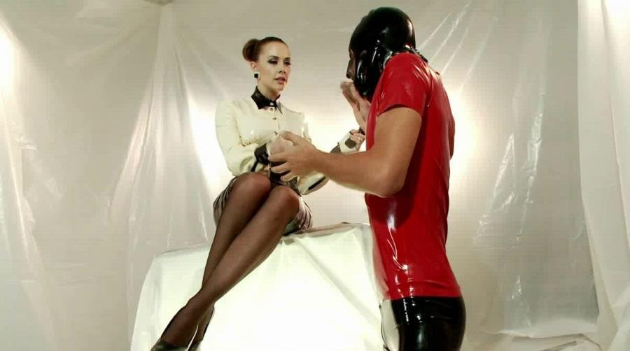 DivineBitches.com - Chanel Preston, Tony Orlando - Chanel Preston's Divine Latex: Rubber slave boy Teased and Denied! [SiteRip / Femdom / Latex / 2013]