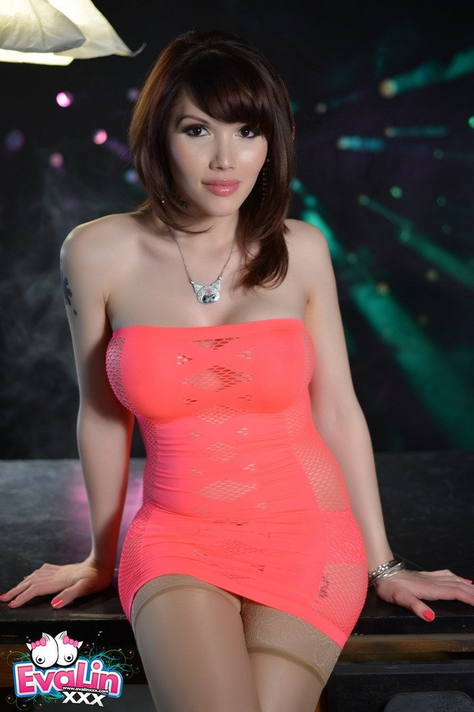 DeskEvaLinXXX.com - Eva Lin - Simply Beautiful Trance Girl Eve [HD 720p / Transsexual / Masturbation / 2014]