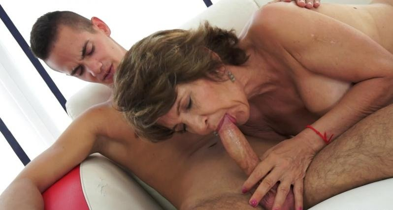 21Sextreme.com - Katala - The Stud of the Neighborhood [HD / Milf / Old-Young / 2016]