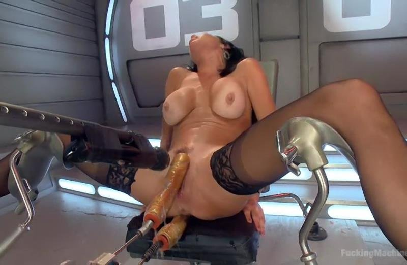 FuckingMachines.com/Kink.com - Veronica Avluv - Big Titted Anal Milf Squirts Everywhere [SD / BDSM / Fuck Machine / 2015]