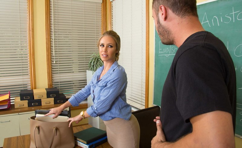 MyFirstSexTeacher.com/NaughtyAmerica.com - Nicole Aniston - My First Sex Teacher [HDRip / 720p / Shaved / Stockings / 2015]
