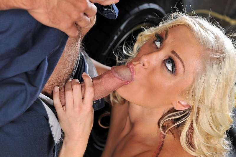 ClubSandy.com/21Sextury.com - Ash Hollywood - The Car Mechanic Has Banged The Client [FullHD 1080p / Anal / Blowjobs / Teen / 2013]