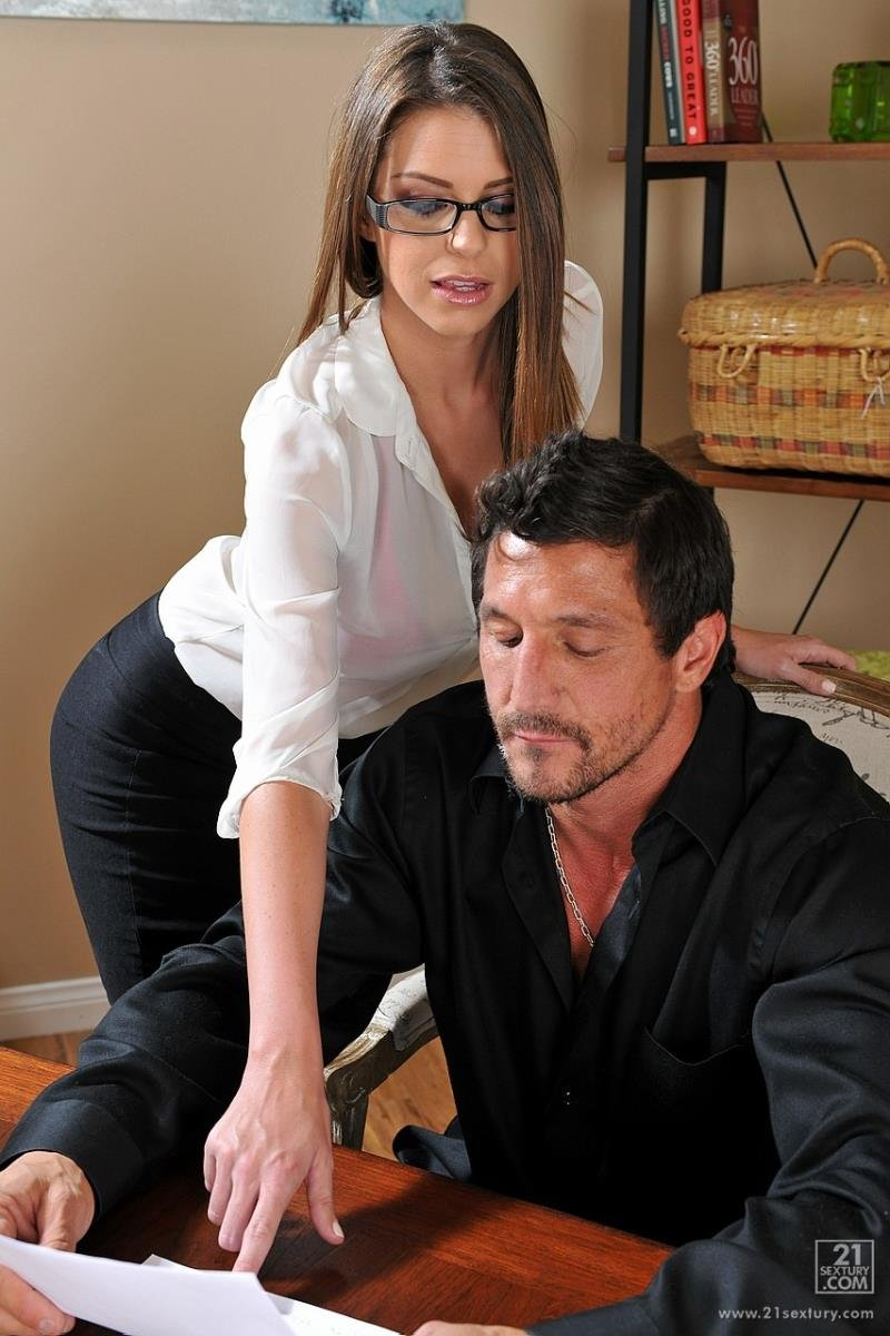 ClubSandy.com/21Sextury.com - Brooklyn Chase - Sex In The Office With Boss [FullHD 1080p / Blowjobs / Facial Cum / All Sex / 2013]
