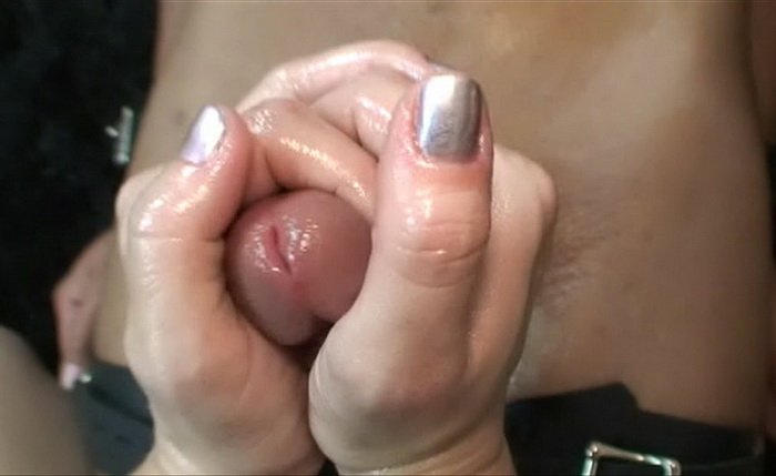 Young girlfriend anal