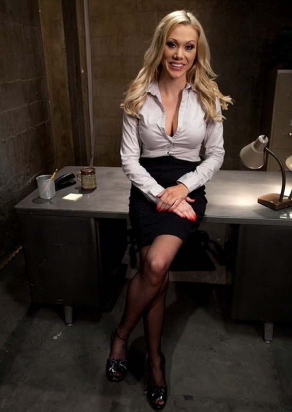 BoundGangBangs.com/Kink.com - Samantha Sin - Sexy Blonde Prison Warden with Big Tits gets Gangbanged by Horny Inmates [SD / BDSM / Gang Bang / 2011]