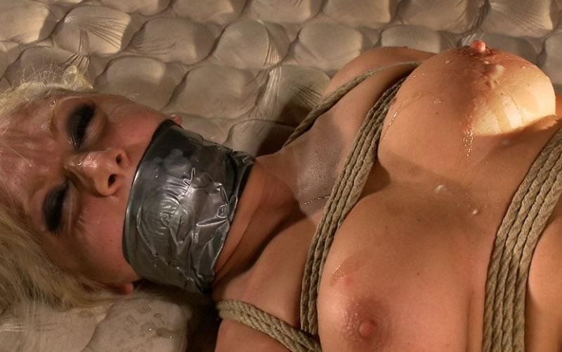 BoundGangBangs.com/Kink.com - Lea Lexis - Hot Interracial Gangbang with Smoking Hot Blonde [SD / BDSM / Gang Bang / 2011]