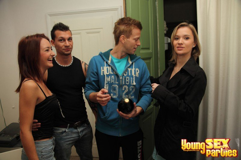YoungSexParties.com - Mika, Angella - Hot Jocks Fuck Teen Cuties [HD / Group / Students / Russian / 2011]
