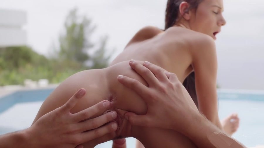 WowFandom.com - Eveline - Dream Cream [HD 720p / Teen / Hardcore / 2013]