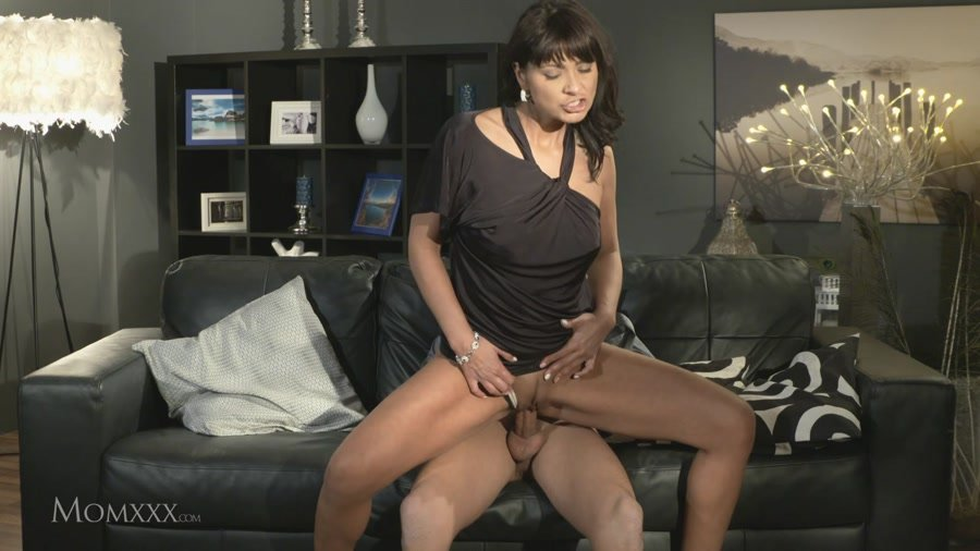 MomXXX.com - Tera Joy - Right Now [HD 720p / Milf / Amateur / 2016]