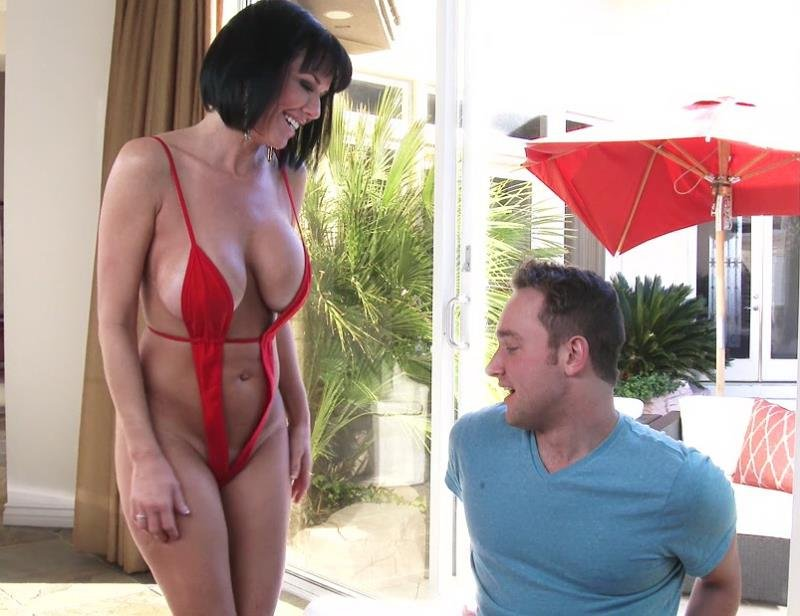 MrsCreampie.com - Veronica Avluv - This MILFs Desperate For Cum [FullHD / Anal / Creampie / 2016]