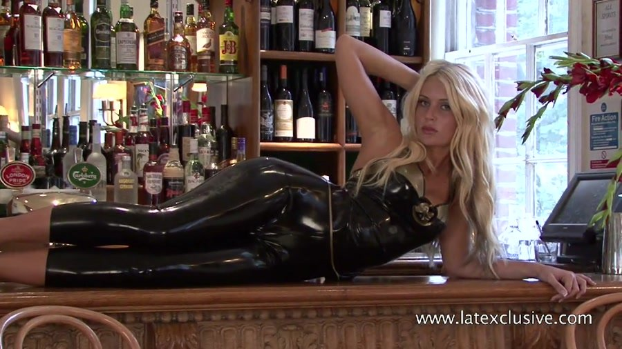Latexclusive.com - Ella - Black-Gold Latex Top [HD 720p / Ruber / Solo / 2012]