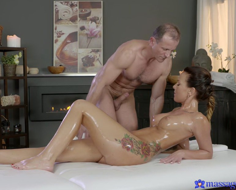 MassageRooms.com - Alicia - The Ecstasy Of Sensual Orgasms [FullHD / Hardcore / Gonzo / 2016]