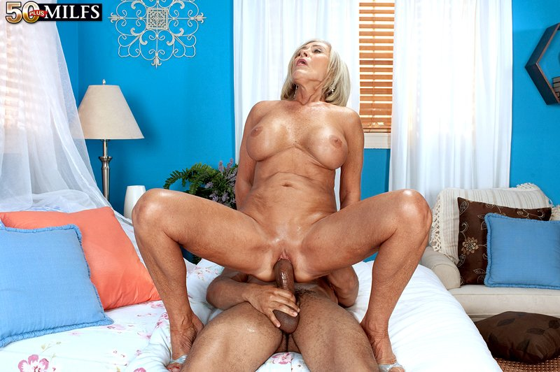 50Plusmilfs.com - Katia - The Grandmother Hochet In The Bum [SD 480p / Anal / Mature / 2012]