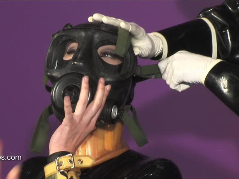 Fetisheyes.com - Kumi - Garden Therapy [HD / Latex/Rubber / Gas mask / 2015]
