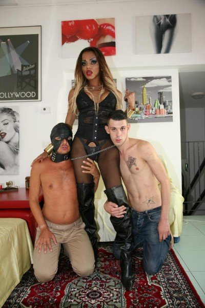 TransBella.com - Veronika Havenna - Tranny playing with her slave men [FullHD 1080p / Transsexual / Anal / Group / 2016]