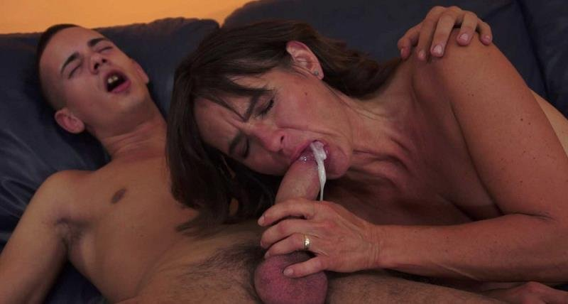 LustyGrandmas.com/21Sextreme.com - Mariana - Make Love to Remain Young [FullHD / Mature / Hardcore / 2015]