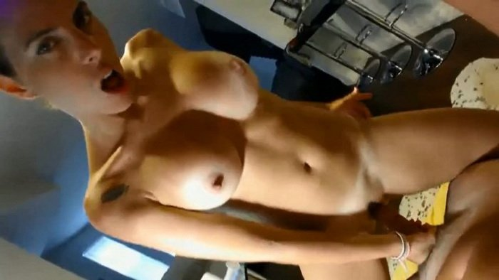 PrivateHomeClips.com - Allovingduo - Hot coupe webcam shows [HD / Anal / Amateur / 2016]