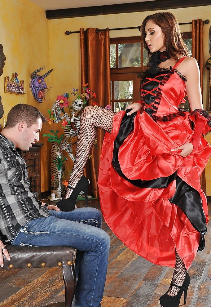 FootsieBabes.com/21Sextury.com - Ariana Marie - Flamenco Feet [HD / Babes / Foot Fetish / 2014]