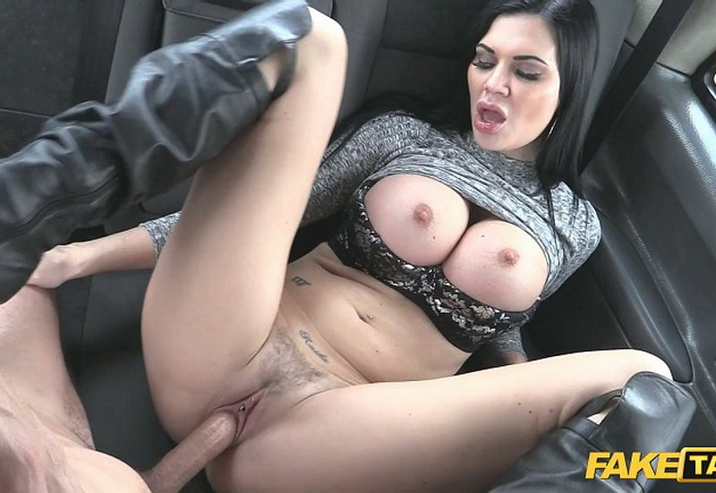 FakeTaxi.com - Jasmine Jae - E307 [FullHD / Sex in Car / Big Tits / 2016]