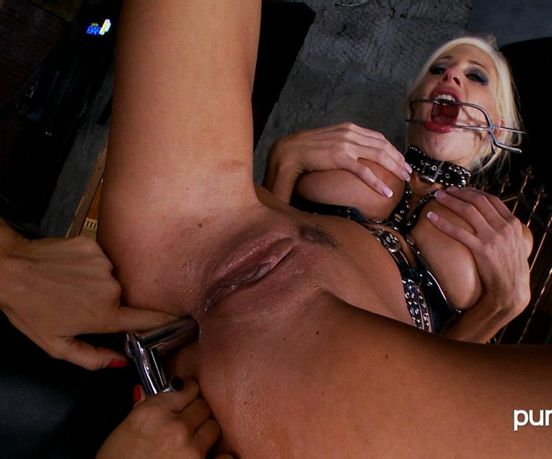 PumaSwede.com - Puma Swede, Sandy - Dominating Sandy [FullHD / Fisting / Blondes / 2011]