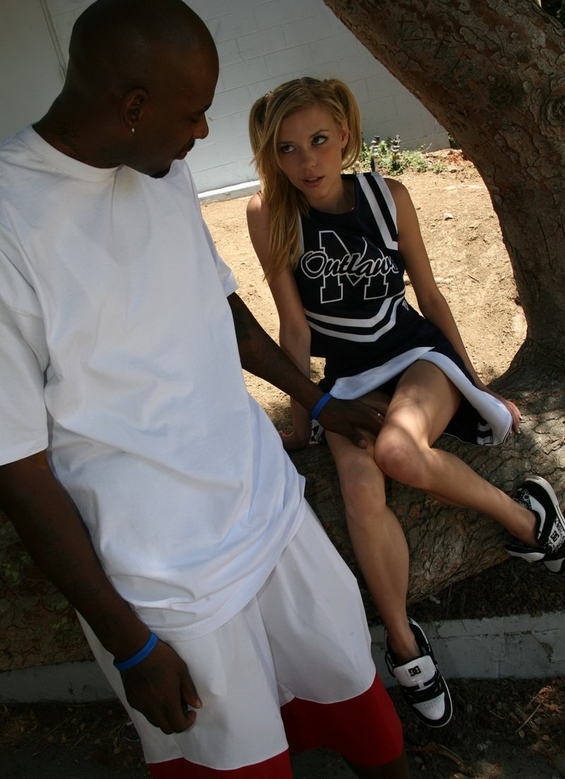 BlacksOnBlondes.com - Nicole Ray - Blacks On Blondes [HD / Hardcore / Interracial / 2010]