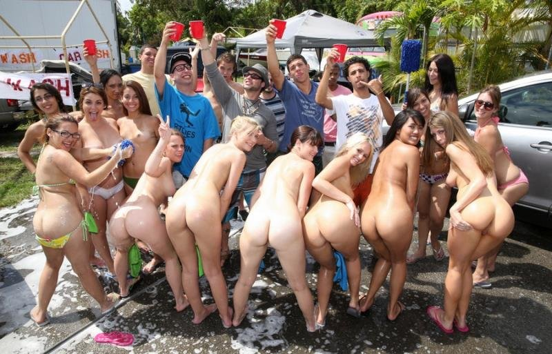 CollegeRules.com - Mandi - College Orgy Car Wash [HD / Natural Tits / Hardcore / 2013]