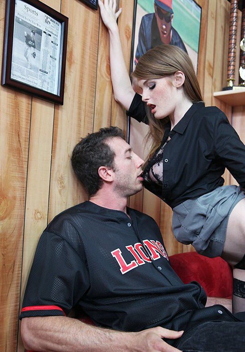 BigTitsAtWork.com/Brazzers.com - Faye Reagan - Shorting The Game [SD / Big Tits / Cumshot / 2010]