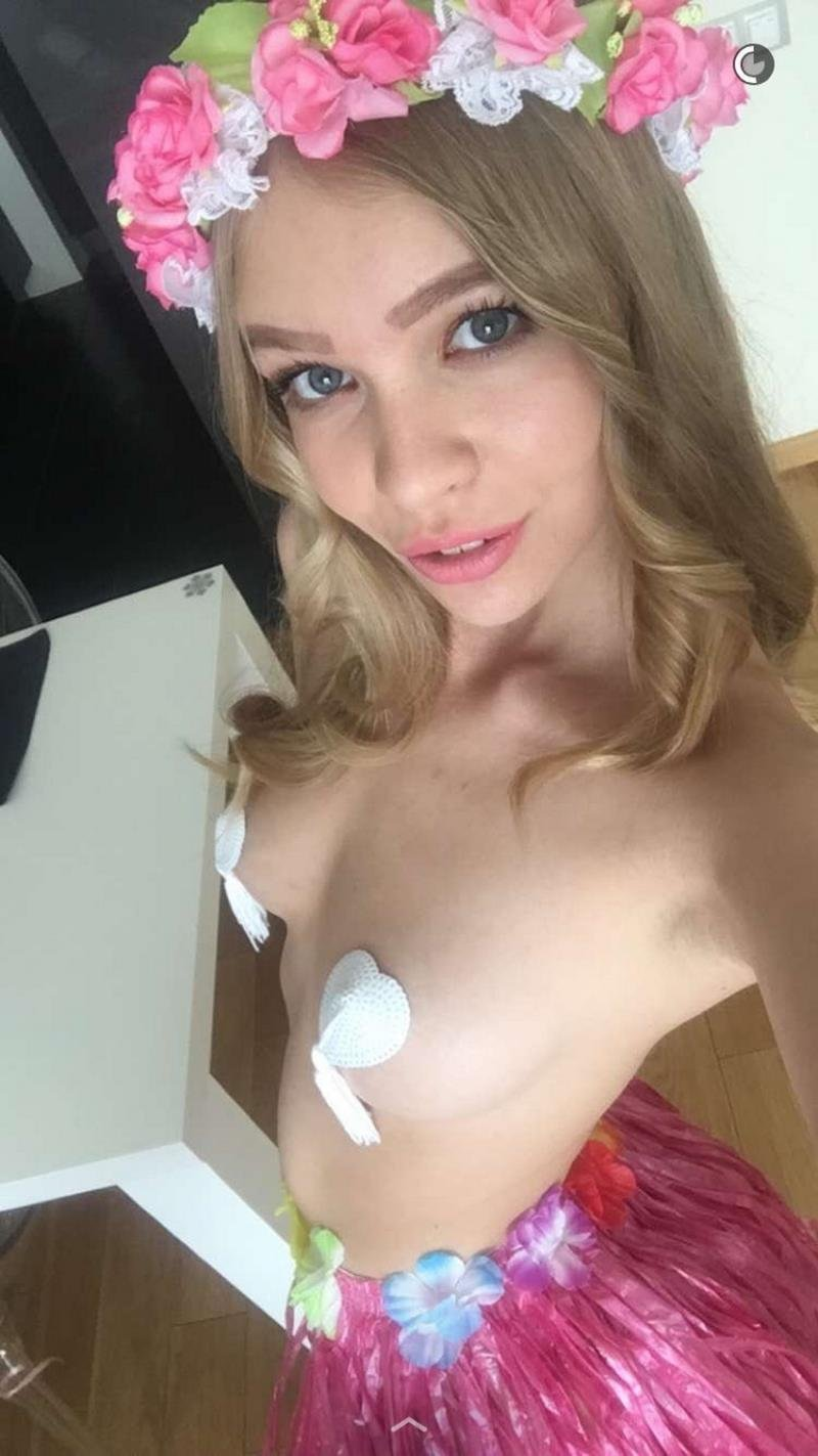 MyFreeCams.com - Cute Doll - My Free Cams [HD / Amateur / Anal / 2016]