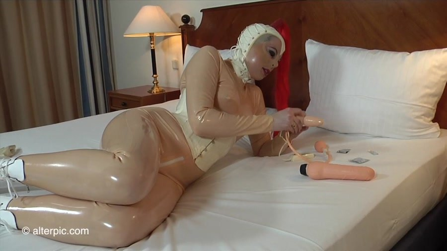 Alterpic.com - Sonia, Nikol - Stanley Jr-1 [HD 720p / Latex / Rubber / 2016]