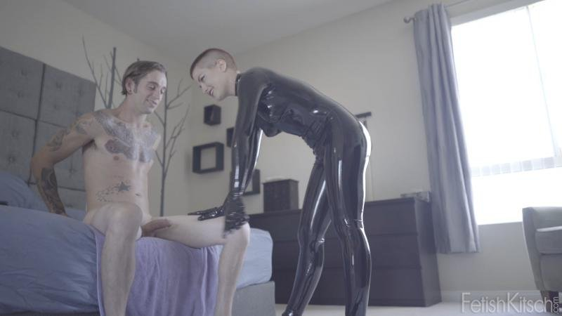 Fetishkitsch.com - Ingrid Mouth, Gage Sin - Gage's First Time [HD 720p / Latex / Fetish / 2016]