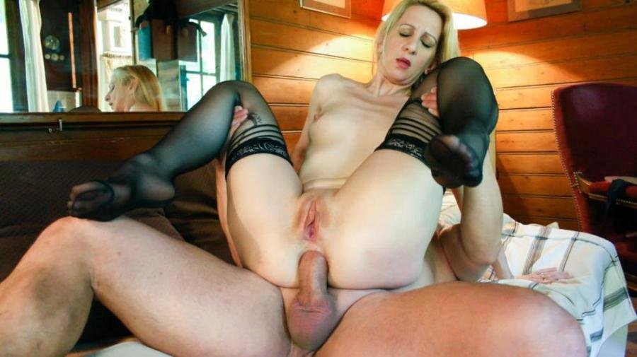 PornDoePremium.com - Louise Du Lac - French slut Louise Du Lac's first MMF  threesome
