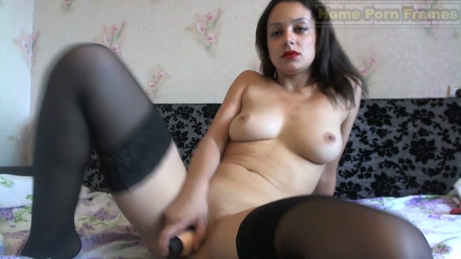 Ex Girlfriend Amanda giving Blowjob at HomeMoviesTubecom