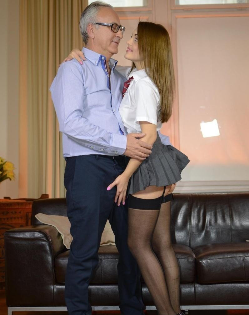 JimSlip.com - Dominica - School Girl Sex Kitten! [FullHD / School Girl / 69 / 2014]