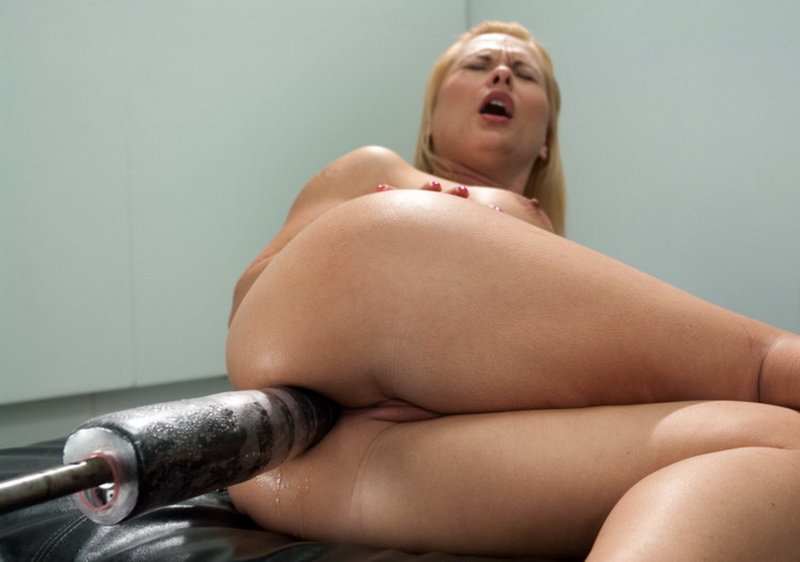 FuckingMachines.com - Katja Kassin - The Ass is BACK: So lush, so full, so able to take BIG mechanical cock [HD / BDSM / Anal / 2012]