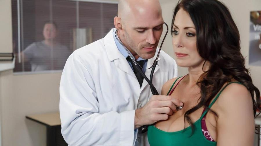 DoctorAdventures.com - Reagan Foxx - My Husband Is Right Outside [SD / Doctor / MILF / 2016]
