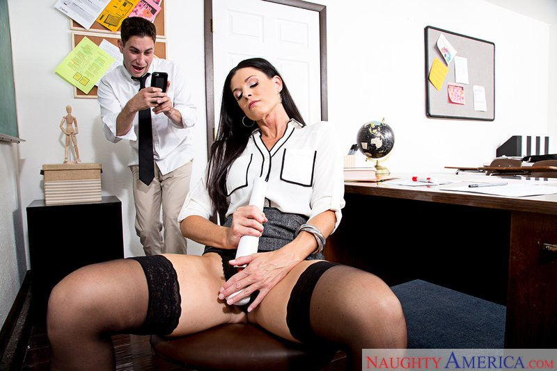 MyFirstSexTeacher.com - India Summer - 22161 [SD / Mature / Natural Tits / 2017]