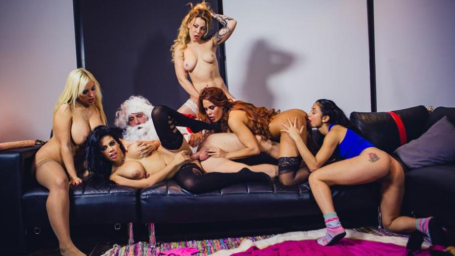 CumLouder.com - Blondie Fesser, Gala Brown, Jade, Kesha Ortega, Sonia Lion - Christm-ass Family Affairs [SD / Orgy / Big tits / 2017]
