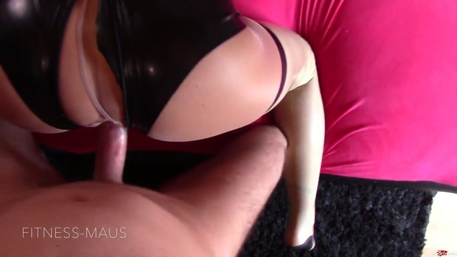 MyDirtyHobby - Fitness-Maus - Extra-Ladung Für Latex-Fotze [FullHD 1080p / Germany / Amateur / 2016]