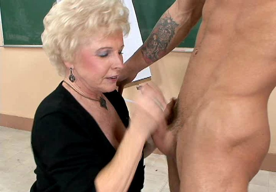 mrs jewel - Granny Sex - Mrs. Jewel - Mfstmrsjewellalan [SD / Mature / Hardcore / 2017
