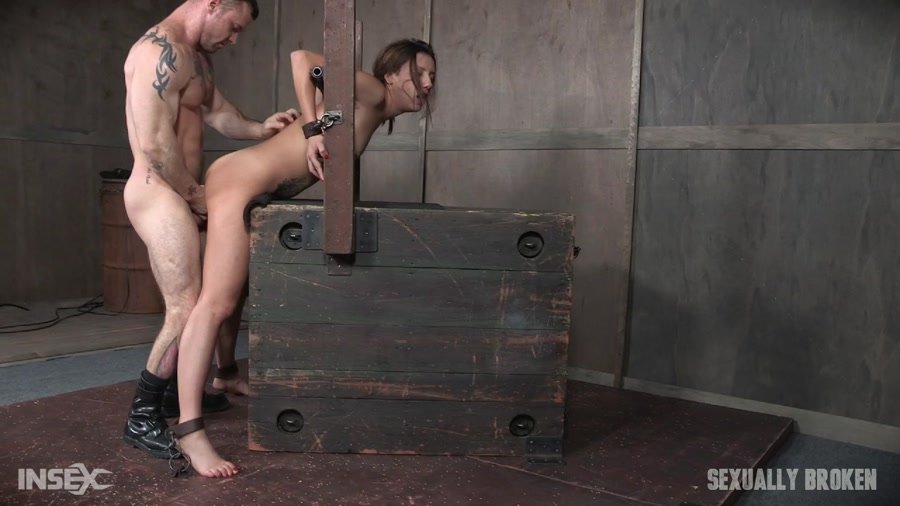 SexuallyBroken.com - Sophia Grace - Part 2 / Sophia Grace April 14, 2017 [HD 720p / BDSM / Rough Sex / 2017]