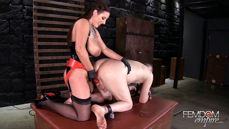 FemdomEmpire.Com - Amy White - Ass To Mouth [FullHD 1080p / Femdom / Strapon / 2017]