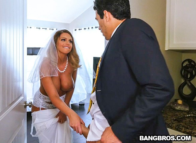 BangBrosClips.com - Brooklyn Chase - Sex With Future Step-Mom [SD / Blonde / Vaginal / 2017]